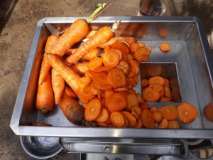 Máy ép củ cải đỏ chất lượng, hoạt động hiệu quả